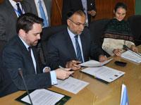 OPHI,-UNDP,-Pakistan-signing-WEB